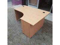 Beech 1600 radial desk