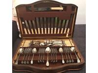 Winegarten's LTD Cutlery Set