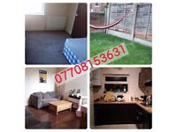 LARGE SINGLE ROOM in a friendly and clean house at NG7 6AR