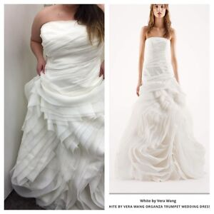Vera wang wedding dress. New with tags. Size 18 unaltered
