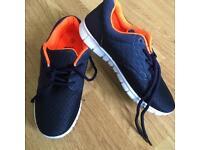 Boys navy/orange trainers size 3