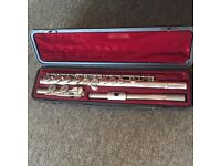 Yamaha YFL- 221N Student Flute with Case