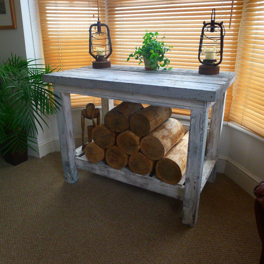 sideboard / kitchen bench