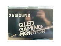 Samsung QLED curved gaming monitor 32inch with box