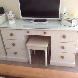 Solid Pine Bedroom Furniture painted Cream