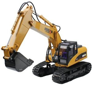 Huina Alloy 15 Channel 2.4G Full-Function Remote Control Excavator