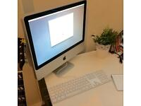 21.5inch iMac: 2.5GHz Intel Core 2 Duo with Apple Keyboard and trackpad (Sale or Swap)