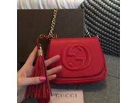 AUTHENTIC stunning Gucci Soho leather and chain bag