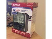 Omron 10 series blood pressure monitor bp786 (new in box)