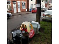 Free 2x tables, child car and small bath