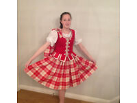Lewis Red Aboyne Outfit