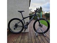"Carrera Vengeance hardtail mountain bike 18"" medium frame 27.5"" wheels with manual £285"