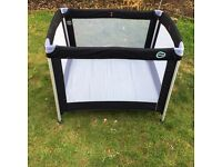 Light weight Travel Cot - Oomo - like new!