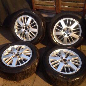 "16"" Ford alloy wheels"