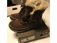 Sorel boots size 5 £110 new!
