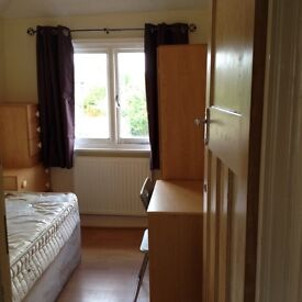 Large 4 bed student house