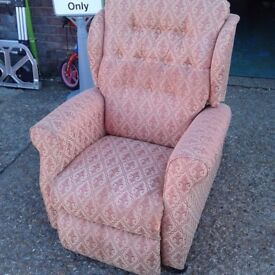 Patterned Riser Electric Reclining Armchair