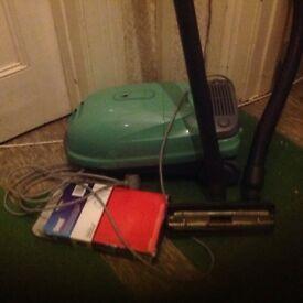 PANASONIC VACUUM CLEANER E735 GREEN