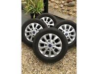 "Ford custom alloys 16"" with very good tyres"