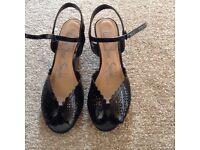 Black patent heeled wedges size 7/41