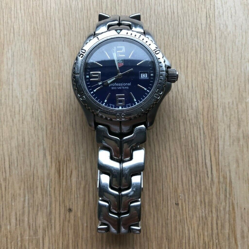 704861c9aaff Tag Heuer Professional 200 meters Watch