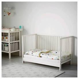 IKEA Gulliver white cot with Mamas&Papas mattress