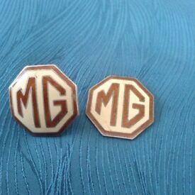 1949 MG badges