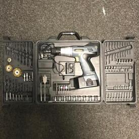 Cougar 18V Cordless Drill Set