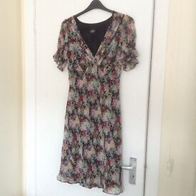 Holly Willoughby floral tea dress size 14