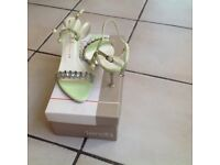 Senda Dealer kitten heel ankle strap sandals