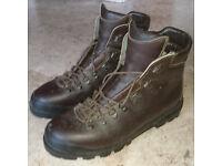 Walking boots: Scarpa Manta Mk 1: Size 47