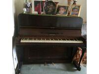 Hertman Piano