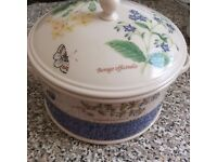 Wedgewood Casserole Dish with Lid Sarah's Garden