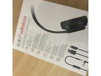 brand new Beats by dr dre solo3wireless