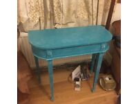 TURQUOISE BLUE DESK - shabby chic, vintage, bright!