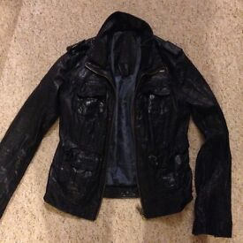 Woman's leather super dry jacket medium never worn