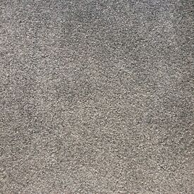Quality Carpet - large offcut (silver grey)
