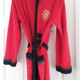 Boys age 14/15 Manchester United soft fleece bath robe with hood