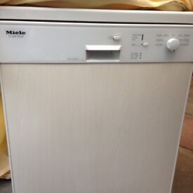 Quick sale! Reduced Miele Diswasher G641 Plus