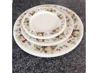 "Royal Doulton Miramont selection of plates. 2x10.5"" 3x6.5"" 2x8"""