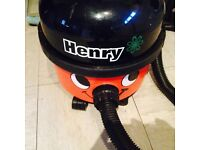 Henry Hoover model H V R 200 A