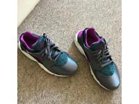 Nike air huarrache / Nike women trainers