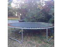 Free trampoline 15 feet diameter