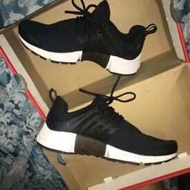 Brand New Nike Air presto size 5.5