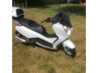 Honda FES 125cc S wing, very low mileage
