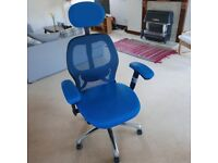 Ergonomic Office Chair in Blue Mesh - Excellent Condition