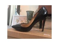 Christian louboutin Pigalle 100 Black Patent court shoes size 4.5 RRP £475