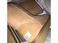 Ugg boots size 5.5 [45% OFF]