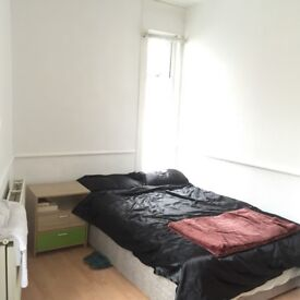 SPACIOUS DOUBLE ROOM IN ANERLEY AVAILABLE NOW