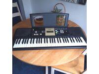 Yamaha Keyboard YPT-220